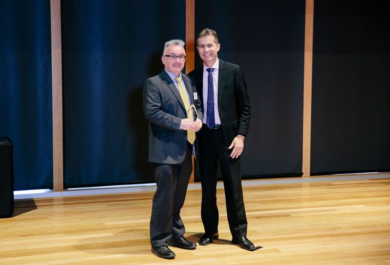 Associate Professor Bodman with UQ Vice Chancellor and President, Professor Peter Høj