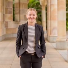 Dr Miriam Yates